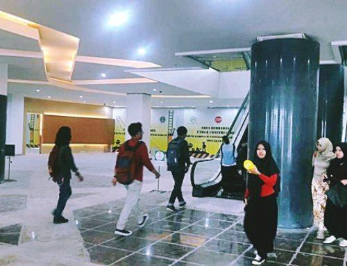 Mahasiswa Program Studi Teknologi Pangan FTI UAD Semester 1, Kuliah Perdana di Gedung Kampus IV UAD